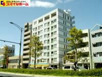 愛知県名古屋市千種区東山通4の賃貸マンションの外観