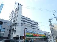 サンプラザ総持寺[804号室]の外観