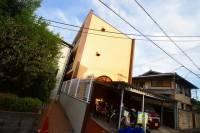 裕希栄マンション[1階]の外観