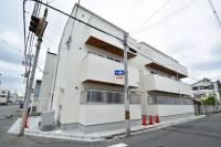 大阪府東大阪市岸田堂西1丁目の賃貸アパートの外観