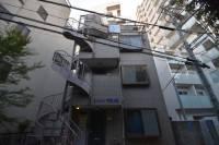 シャトル千駄ヶ谷[3階]の外観