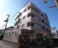 京都府宇治市木幡西中の賃貸マンションの外観