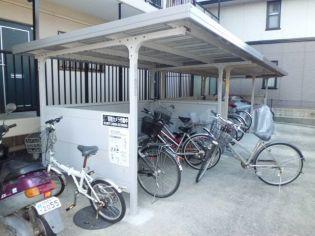 三重県四日市市中川原1丁目の賃貸マンションの外観