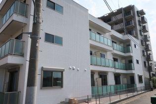 東京都北区赤羽北2丁目の賃貸マンションの外観