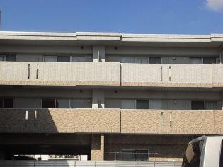 ピオーネ覚王山[2階]の外観