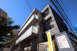 Apartment Sanji[107号室]の外観