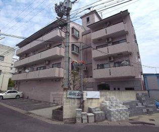 京都府京都市右京区嵯峨明星町の賃貸マンションの外観