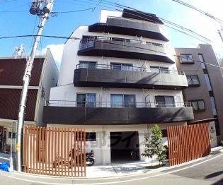 京都府京都市右京区西京極西川町の賃貸マンションの外観
