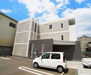 京都府京都市南区上鳥羽大柳町の賃貸マンションの外観