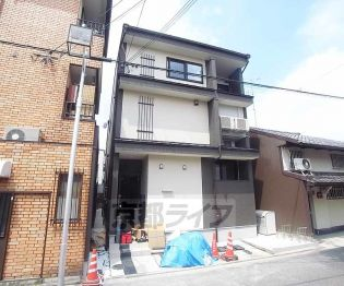 京都府京都市伏見区東大文字町の賃貸アパートの外観